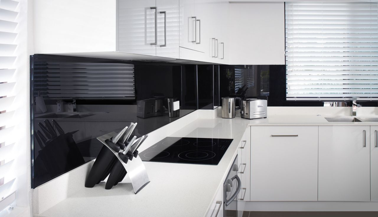 7 Frequently Asked Questions (FAQ) about High Gloss Bath, Kitchen and Feature Wall Panels