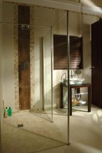 Wet room roll in shower