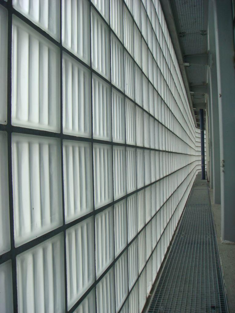 Modern Contemporary Art Glass Block Wall Design For A