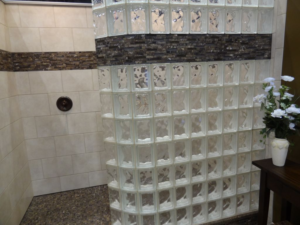 Shower stall innovate building solutions blog bathroom for Glass tile border bathroom ideas