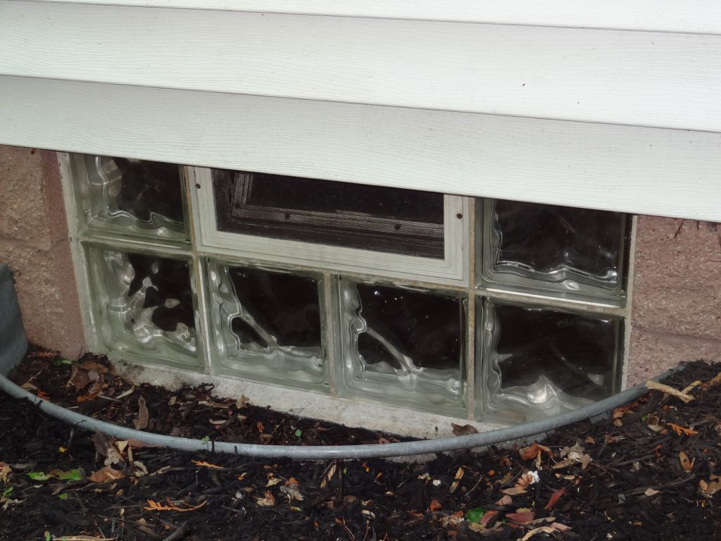 Glass block basement windows innovate building solutions for Basement windows