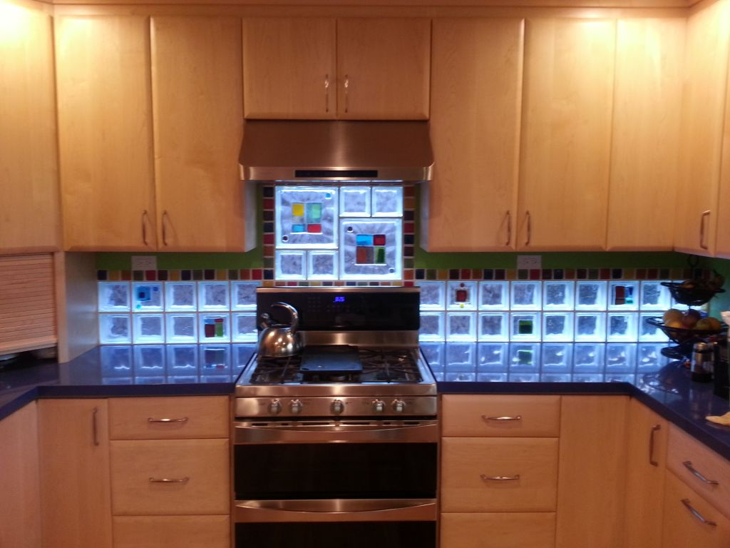 kitchen backsplash with art glass tile blocks for light