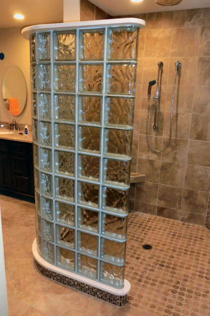 Genial Curved Glass Block Shower With A Curbless Entrance In Simi Valley California