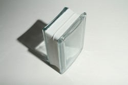 Thinner series curved radial glass block for tight curves