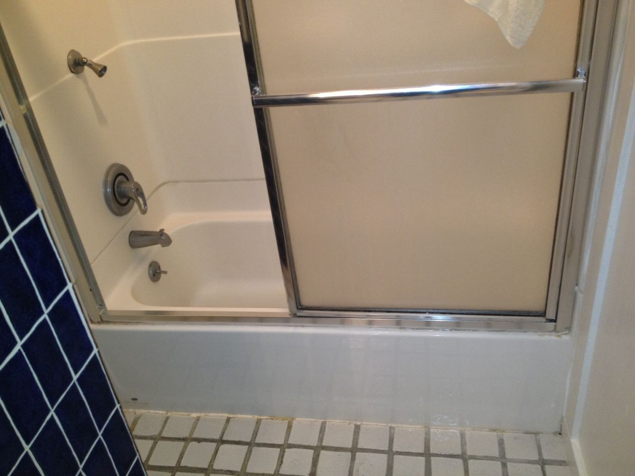Pretty Cleaning Bathroom With Bleach And Water Small Kitchen And Bath Tile Flooring Regular Ugly Bathroom Tile Cover Up Clean The Bathroom With Vinegar And Baking Soda Young Renovation Ideas For A Small Bathroom YellowLowe S Canada Bathroom Cabinets Colored Glass Block Shower \u0026amp; Partition Walls In A Condo Remodeling ..