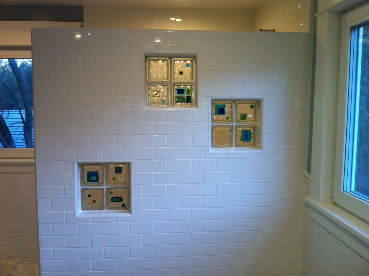 California bath remodel, pedestal tub, glass tile blocks, subway tile
