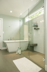 High gloss acrylic shower wall panels for low maintenance