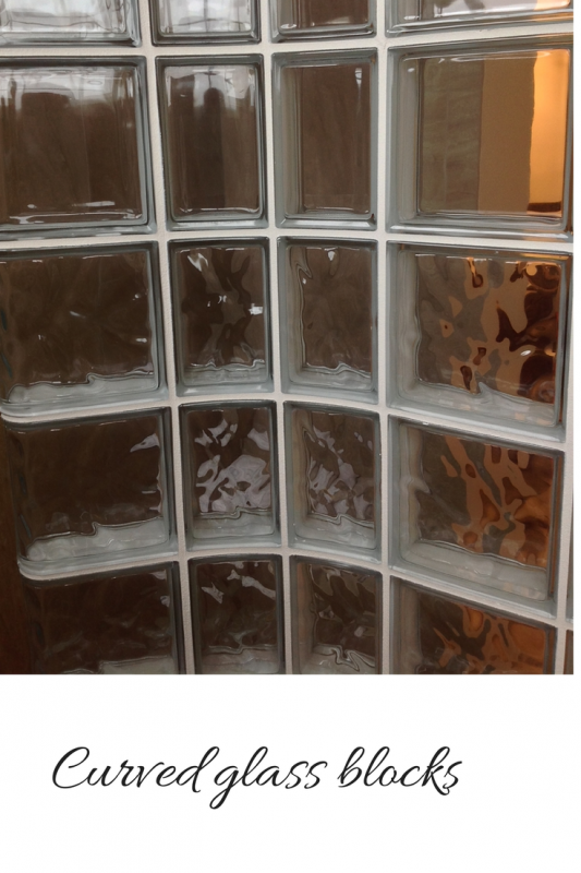 Radial curved glass blocks
