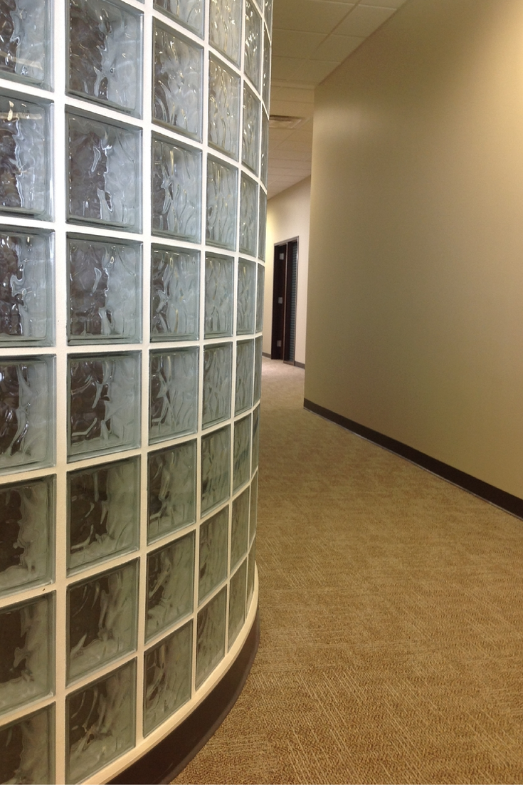Curved glass block office walls advantages and design for Curved glass wall