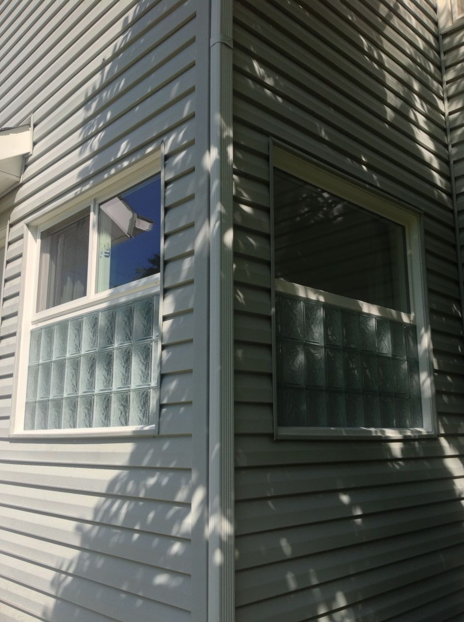 The best of both worlds glass block and vinyl for Best vinyl replacement windows