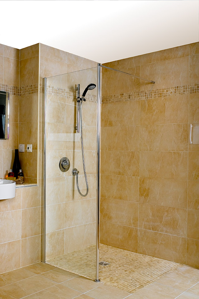5 Quick Tips For Freshening Up Your Small Bathroom