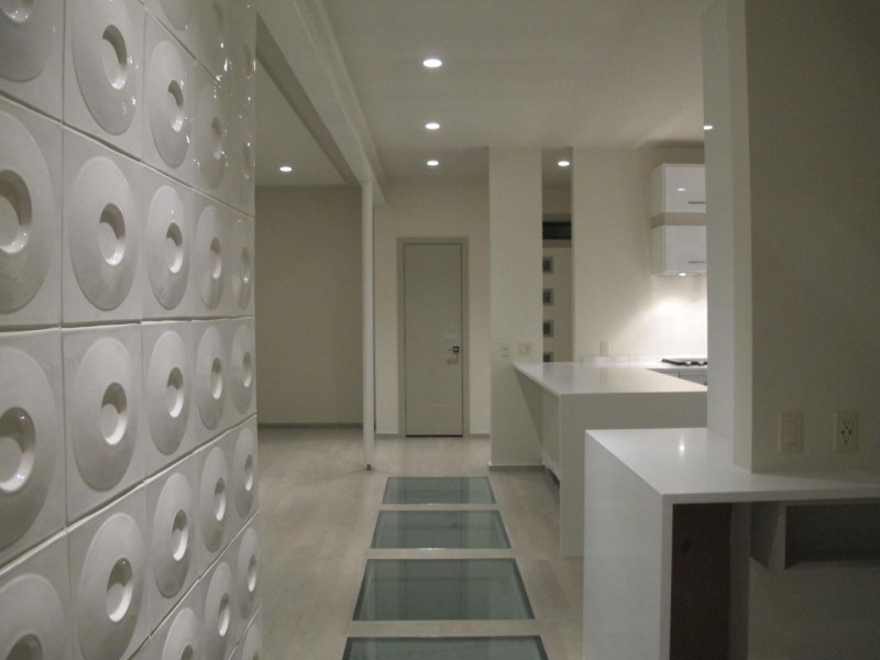 Circular wall tiles in modern home Kansas City missouri