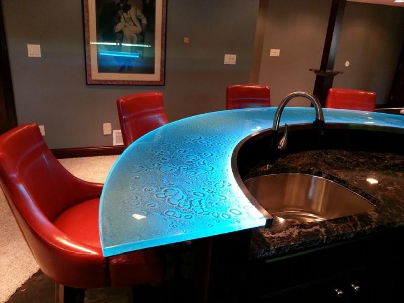 Illuminated cast glass countertop for a recreation bar