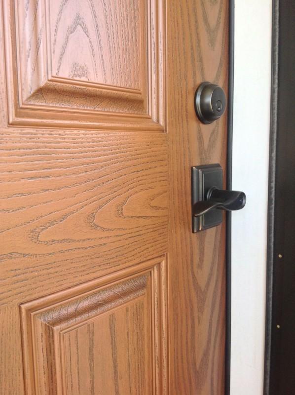 Cherry stain and Oak Grain Patterns on Fiberglass Door