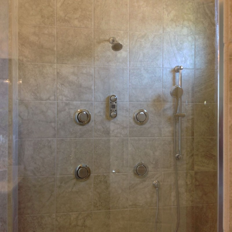 Body sprays in Coppertree Homes 2015 Columbus Parade of Homes
