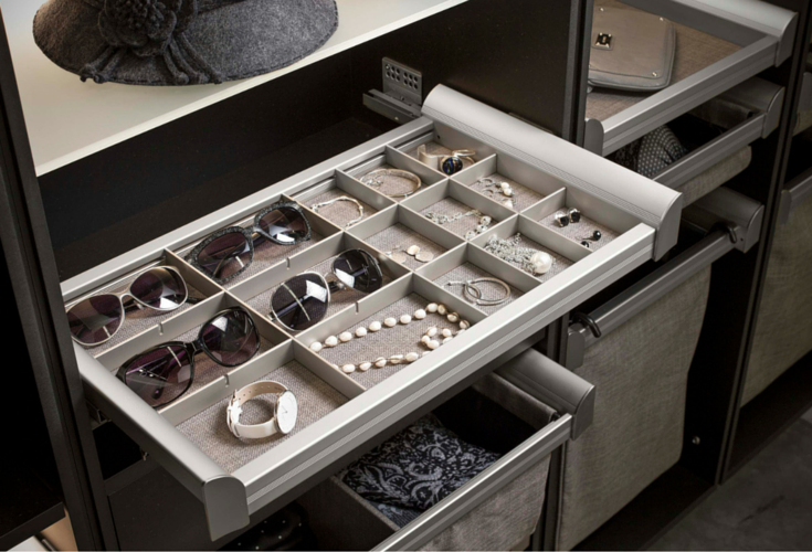 jewelry tray with movable compartments for earring glasses necklases