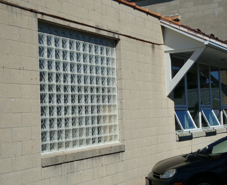 Commercial glass block window for a low cost project | Columbus Glass Block division of Innovate Building Solutions