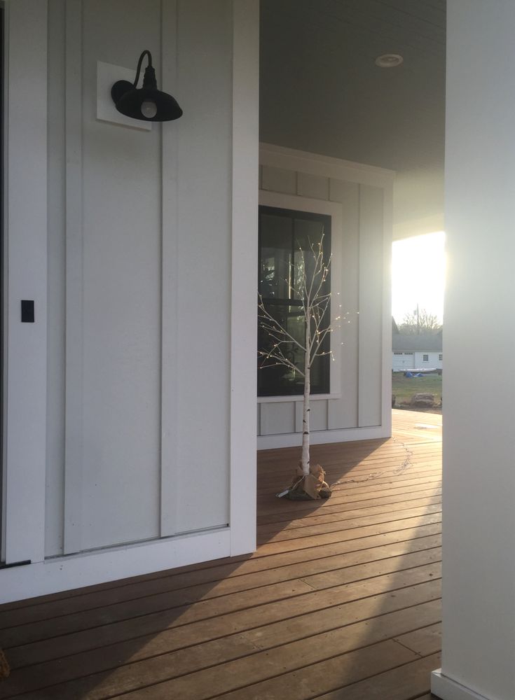 A 600 square foot wrap around front porch in a modern farmhouse in Connecticut | Innovate Building Solutions