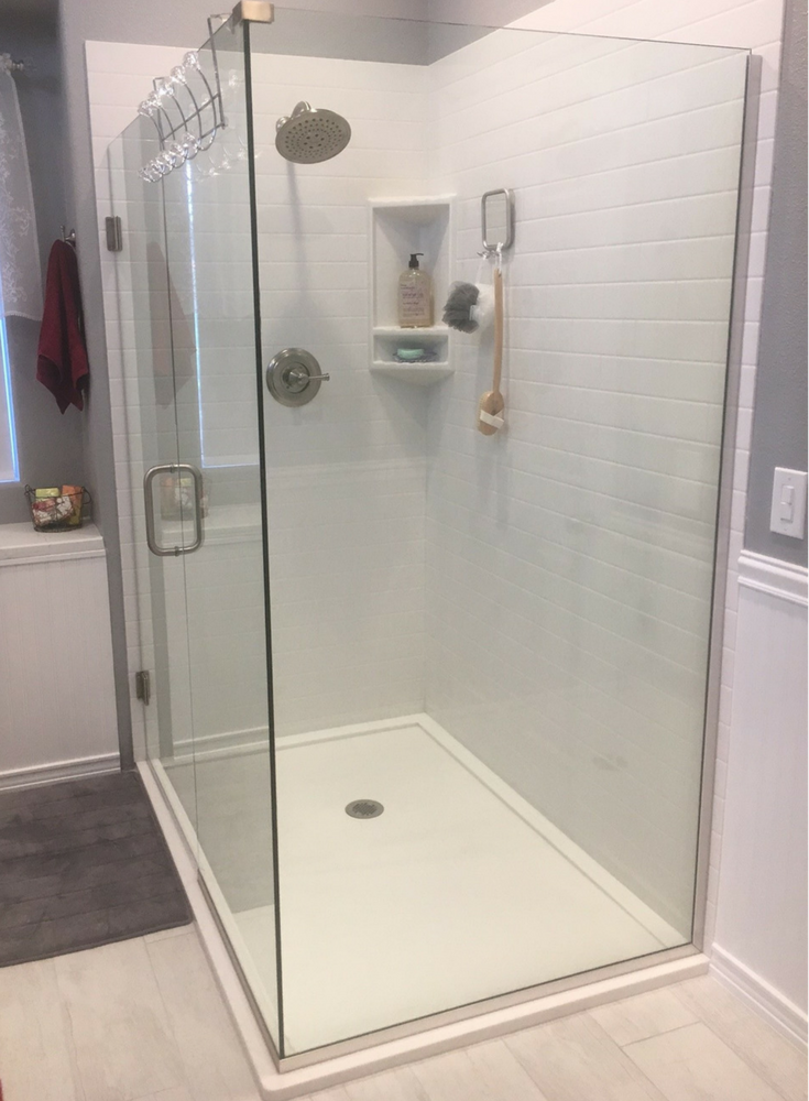 4 reasons and 7 advantages to a shower enclosure over a for Low height bathtub