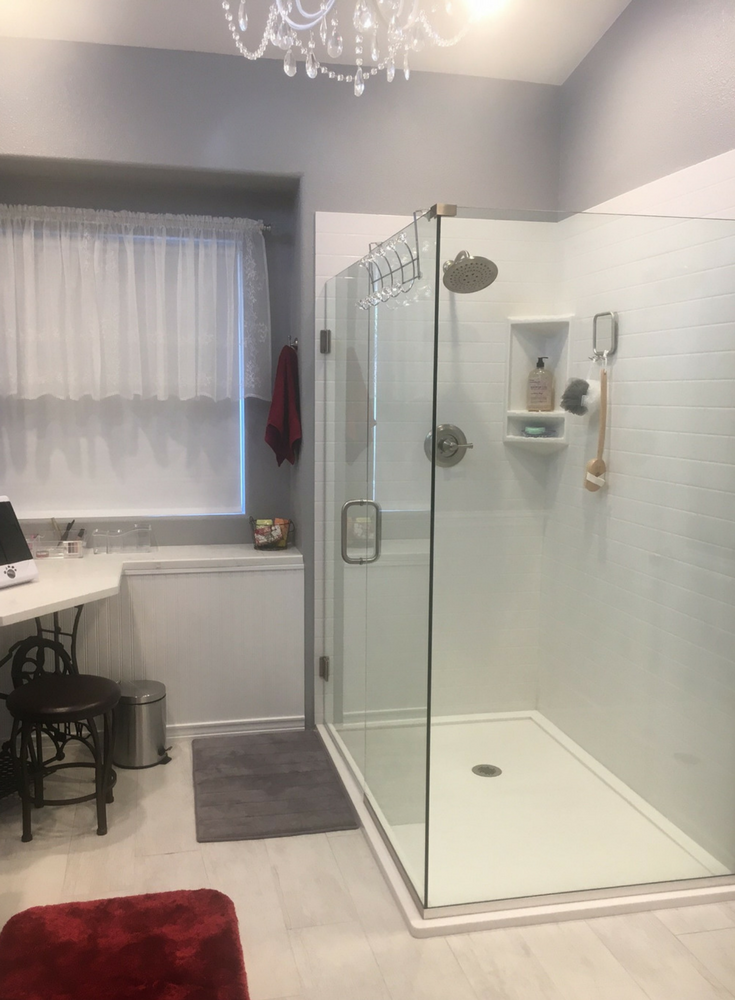 5 cutting edge glass shower door ideas - Nationwide supply ...