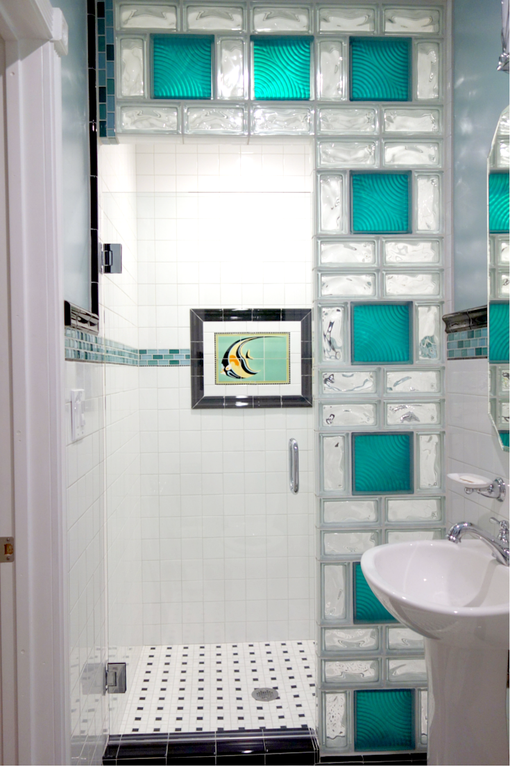 Fun color glass block wall in a small bathroom in San Diego California | Innovate Building Solutions