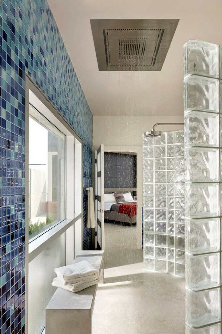 Doorless Shower Design with Glass Block Shower Wall | Innovate Building Solutions #GlassBlockShower #DoorlessShower #WallPanels
