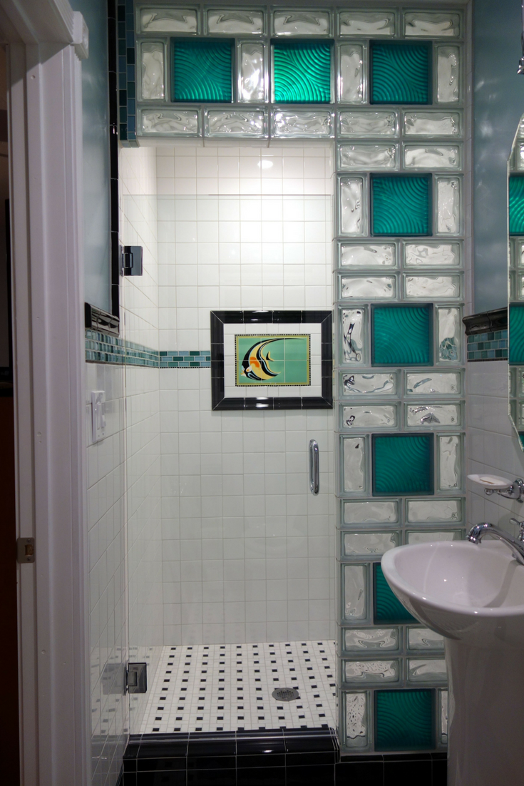 Vintage Mural Glass Block Shower | Innovate Building Solutions #GlassBlockShower #ShowerRemodeling #ColoredGlassBlock