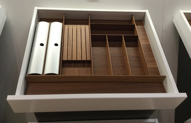 Kitchen drawer knife organizer #Drawers #Kitchen #KitchenRemodeling #Organization
