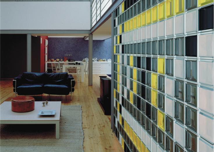 Color Glass Block Wall in Loft Apartment | Innovate Building Solutions | #ColorGlassBlock #GlassBlockWall #ApartmentGlassBlock