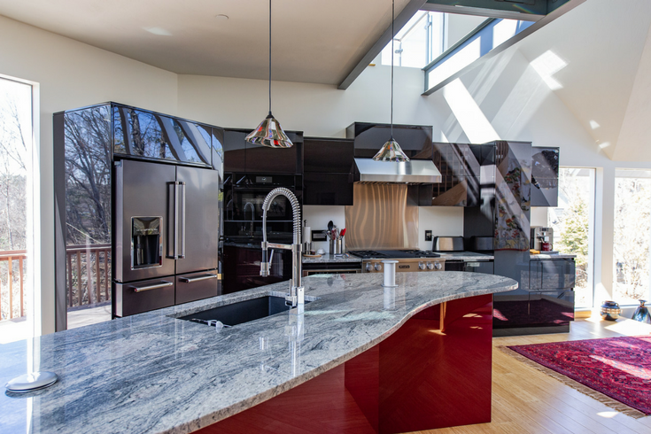 Lacquered Kitchen Cabinets | Innovate Building Solutions | #Kitchen #LacqueredKitchen