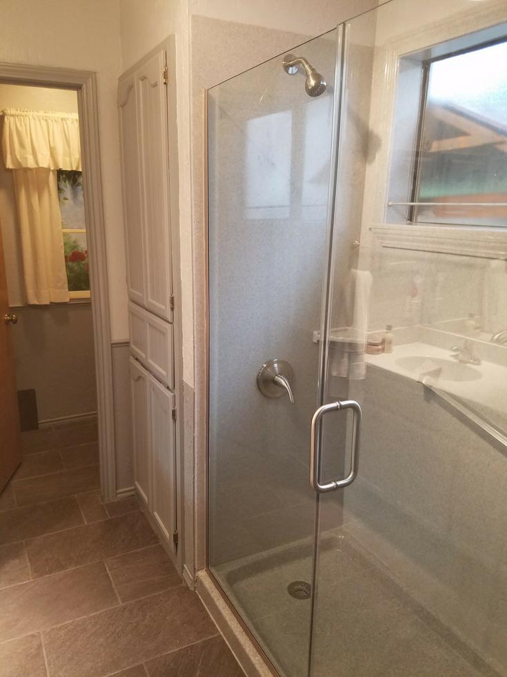 Onyx window trim kit | Innovate Building Solutions | #OnyxAccessories #BathroomWindow #ShowerPanels
