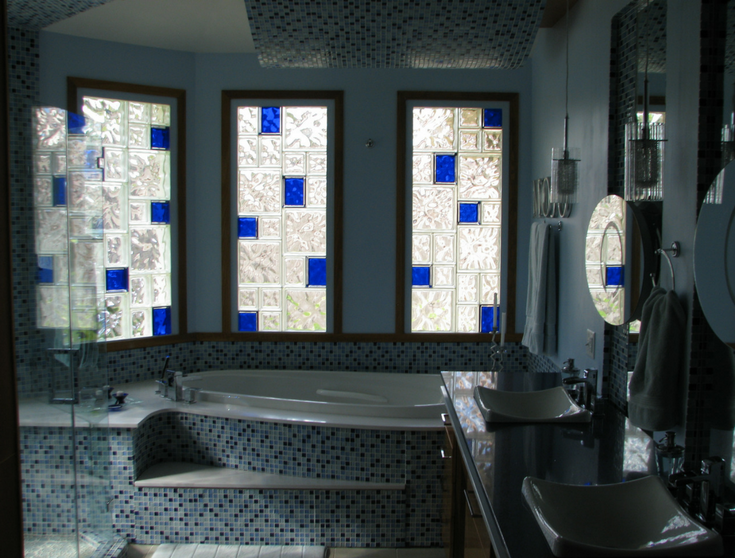 Glass block bathroom windows | Innovate Building Solutions | #GlassBlockWindows #ColorGlass #BathroomRemodel