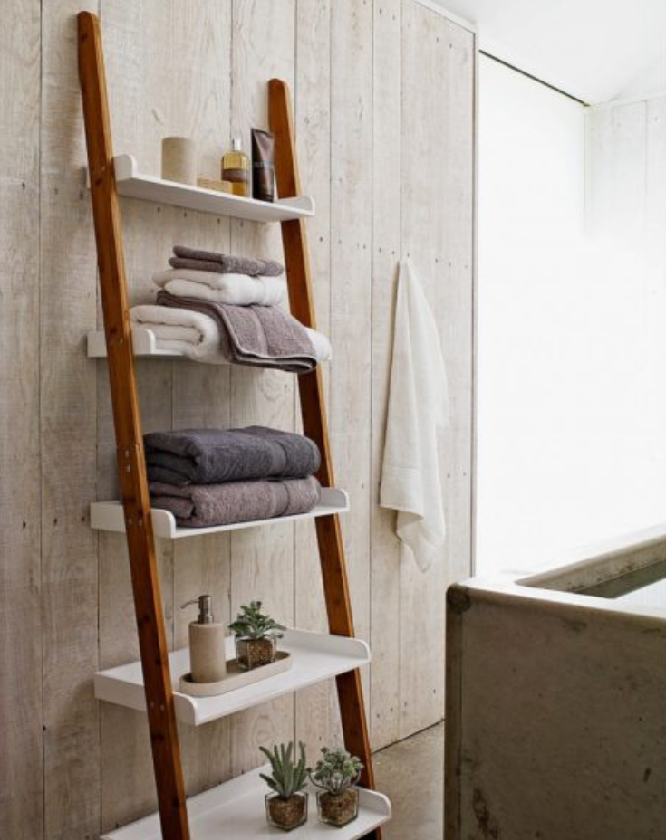 Ladder for towels in a bathroom | Innovate Building Solutions | #BathroomStorage #BathroomRemodel #BathroomShevling