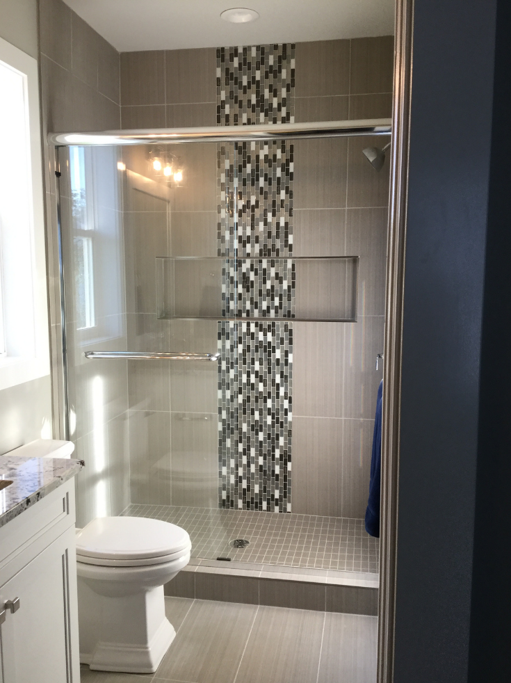Niches in shower Columbus Arthur Rutenberg | Innovate Building Solutions | #ShowerNiche #ShowerStorage #BathroomDesign #TiledShower