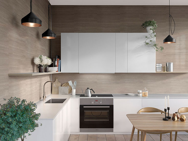 Countertop to ceiling laminate kitchen backsplash wall panels | Innovate Building Solutions | #Countertoptoceiling #LaminatePanels #KitchenBacksplash