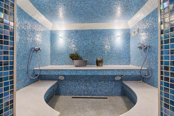 How To Compare A Ceramic Tile Surround Amp Laminate Bathroom