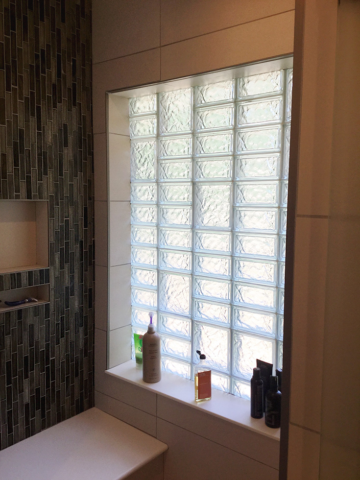 Glass block high privacy bathroom window pattern | Innovate Building Solutions | #GlassBlockWindows #GlassBlockDesign #BathroomWindow #BathroomRemodel