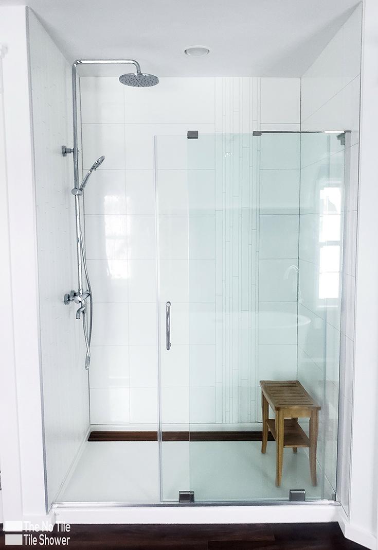 transitionalist white high gloss white laminate shower white accent trim | Innovate Building Solutions | #BathroomRemodel #LaminateShowerPanels #WhiteAccent