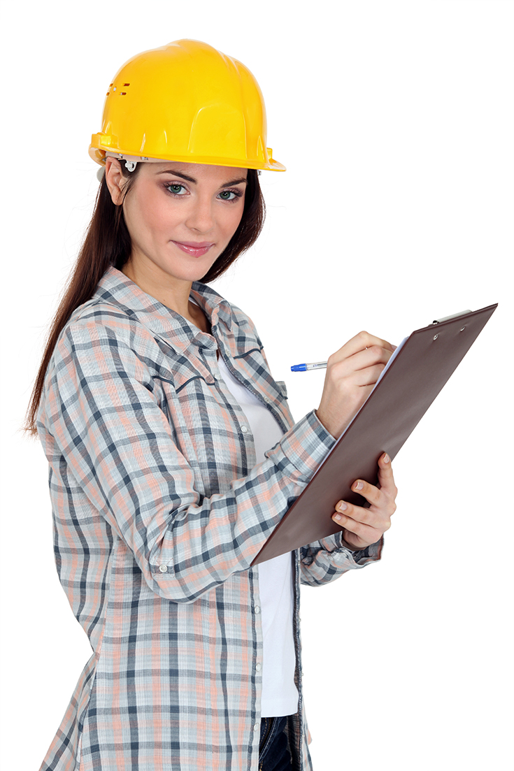 woman contractor taking notes on an estimate | Innovate Building Solutions | #WomenContractor #TakingNotes #GettinganEstimate