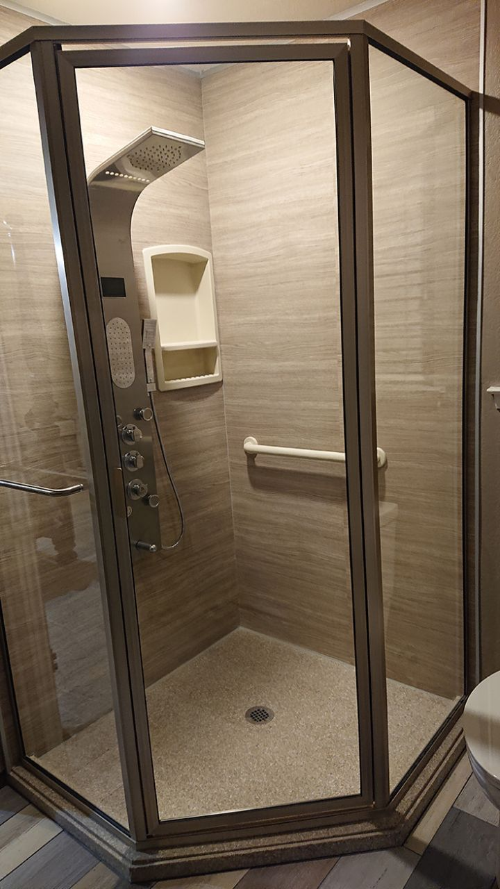 Laminate shower wall panels and cultured granite shower pan | Innovate building Solutions | #Laminatewallpanels #CultureGraniteBase #ShowerBase