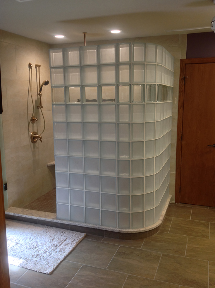 Frosted glass block shower for privacy | Innovate building solutions | #Frostedglassblock #ShowerWall #PrivacyGlassBlock