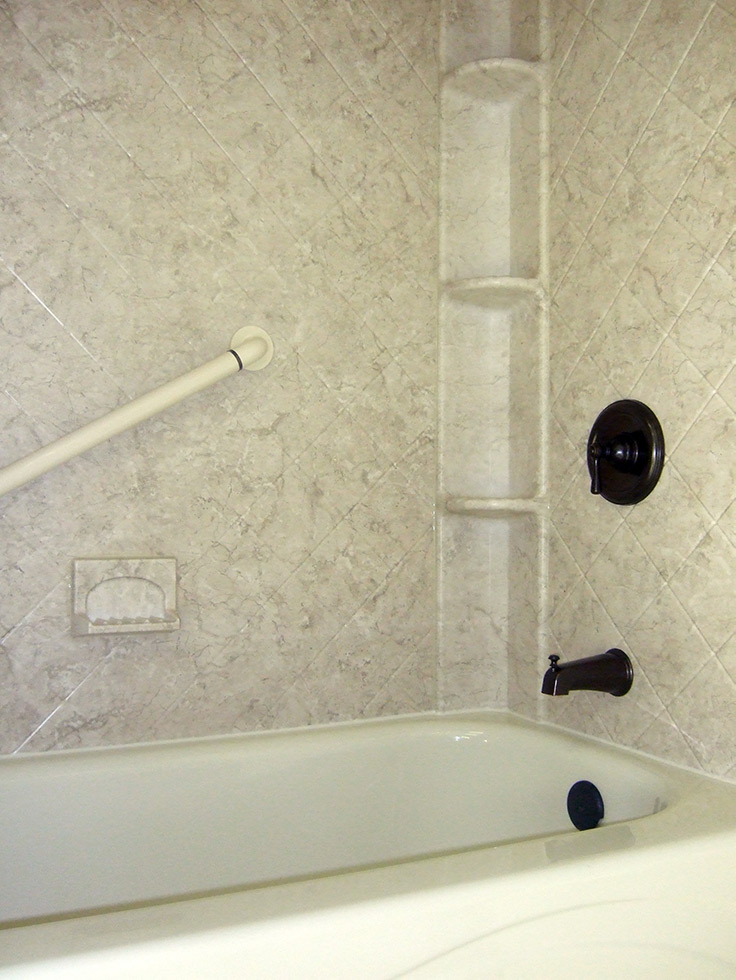 Acrylic shower wall comes in multiple patterns | Innovate Building Solutions | #TubLiners #BathroomRemodel #CheapBathroom