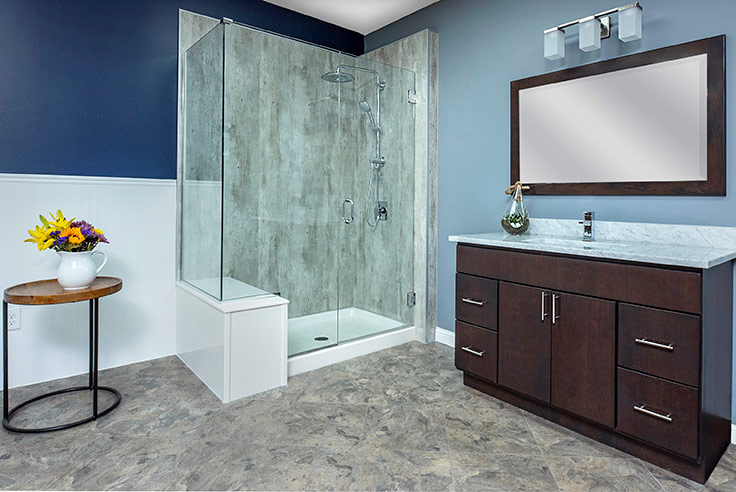 Laminate shower wall panels in a cracked cement pattern | Innovate Building Solutions | #Laminatewallpanels #ShowerPanels #NoTileShower