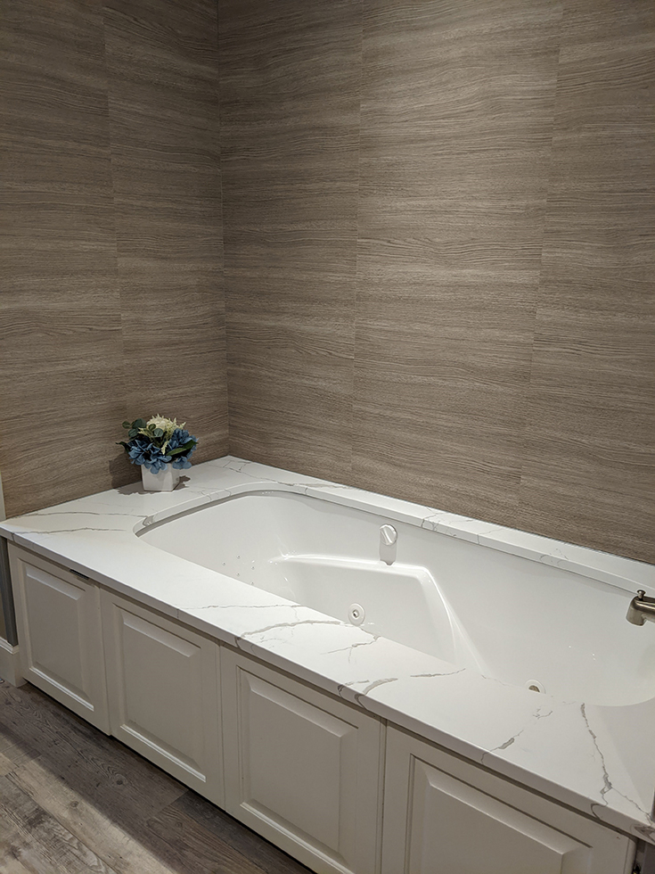 marina gray oak tub surround grout free panels | Innovate Building Solutions | #GroutFree #TubSurround #BathroomRemodel