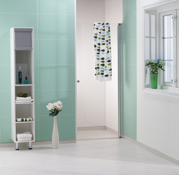 sea green matte finish laminate bath and shower wall panels | Innovate Building Solutions | #OasisBathroom #SeaGree #BathroomDesign