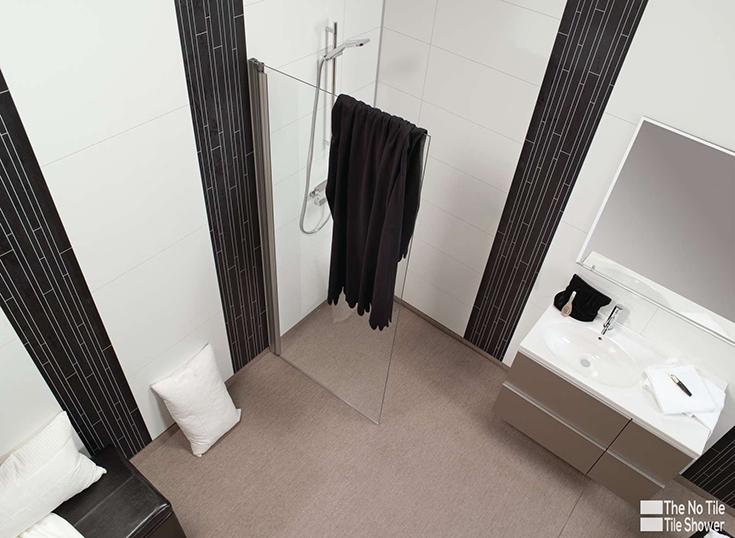 Idea 4 create vertical volume in an alcove shower vertical accent panels | Innovate Building Solutions | #ShowerDesign #InteriorDesign #bathroomdesign