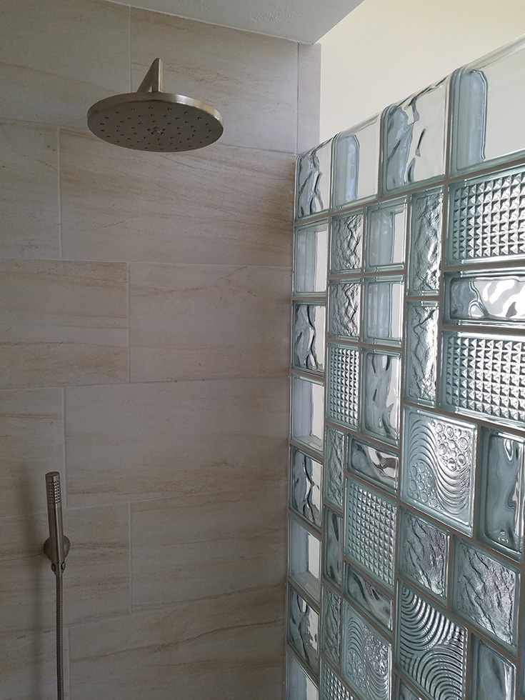 Size idea 1 glass block sizes and patterns for a shower wall | Innovate Building Solutions | #glassblockdesign #Glassblock #Bathroomdesign