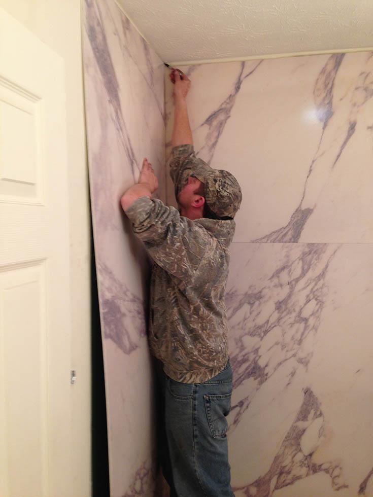 Quality 2 installing PVC composite shower wall panels | Innovate Building Solutions #WallPanels #ShowerWallPanels #LaminateWallpanels